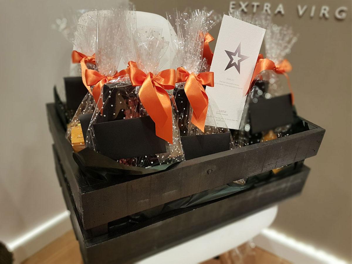 cesta-regalo-a-medida-bronze-y-mora